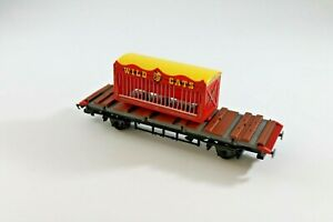 Hornby Bartello's Big Top Circus flat bed with truck- OO - Used