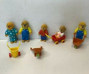 Lot of 5 Vintage 1986 The Berenstain Bears Figures Stan and Jan w/Accessories