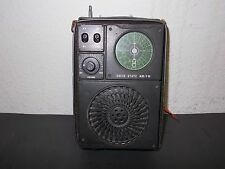 SOLID STATE AM/FM - MODEL D4142  - kleines Kofferradio in Military Look