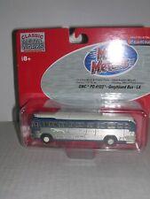 "C.M.W. #32102 Gmc Pd 4103 Greyhound Bus ""Los Angeles Destination"" H.O. 1/87"