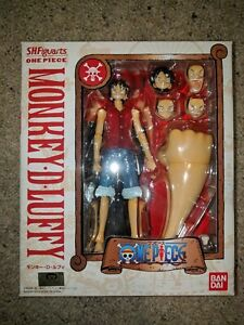 One Piece Bandai SH Figuarts Monkey D Luffy Figure Poseable New
