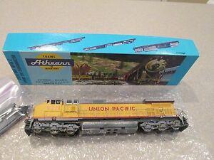 Athean HO scale Union Pacific # 9711 Diesel Locomotive 4911 c44-9w power