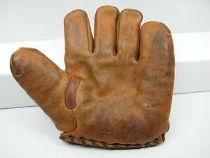 Vintage 1930's Wilson 615 Split Finger Baseball Mitt