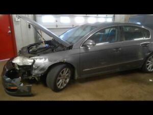 Passenger Corner/Park Light Park Lamp-turn Signal Fits 06-10 PASSAT 1234017