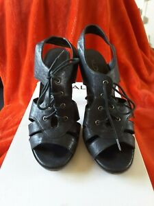Aldo ladies black leather shoes high heel lace up front size 40B