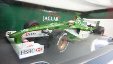 HOTWHEELS RACING 1:18 JAGUAR RACING R2 EDDIE IRVINE 2000 in OVP (A209)