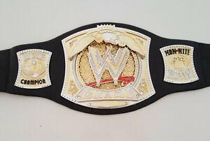 WWE Wrestling Foam Kids Belt - Spinning W Monday Night Raw Spinner Champ 2005
