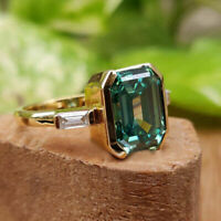 2.Ct Green Emerald 10K Yellow Gold Finish 3-Stone Engagement Wedding Ring