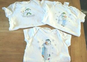 The Snowman & The Snowdog Unisex White Short Sleeve Vests For Baby 6-9 Months