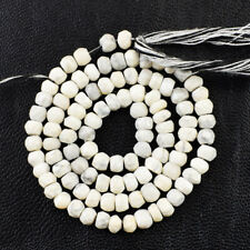 55.00 Cts / 14 Inches Earth Mined Howlite Round Cut Beads Strand NE-115E202