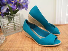 KELLY & KATIE AQUA FABRIC, RAFIA WEDGE OPEN TOE SHOES SZ 8