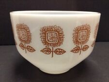Federal Glass Bowl 1 1/2 Quart White Brown Sunflowers