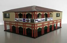 HO scale building Woobly Boot Pub, KIT