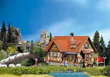 Faller H0 130270 Einfamilienhaus m. Fachwerk+Ausschmückung NEU/OVP