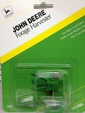 1/64 ERTL JOHN DEERE FORAGE HARVESTER W/ GREEN HEAD