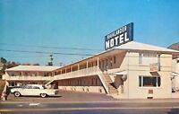 "Somerset PA  ""The Highlander Motel""  1960's Car Postcard Pennsylvania"
