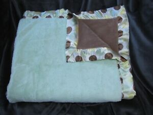 BLANKETS & AND BEYOND LIGHT MINT GREEN BROWN WHITE YELLOW POLKA DOT BLANKET BABY