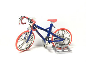Toys Spirits Japan Exclusive 1/24 Scale Mini Die-Cast Bicycle Model Figure A