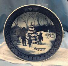 Royal Copenhagen Annual Christmas Plate 1979 Choosing The Christmas Tree K20