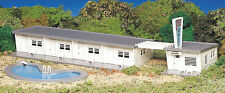 Bachmann Trains H O Plasticville Motel with Pool - 45214 NIB NEW