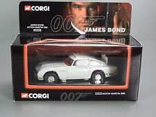 Corgi James Bond Aston Martin DB5 04303, Working Features
