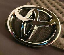 Toyota Yaris 4DOOR Front Grille Emblem 2007 2008 2009 2010 2011 2012 75301-52080