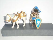PLAYMOBIL - 1 GOLD  MOUNTED UNICORN KNIGHT  WITH ACCESSORIES
