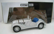 BMW 328 (1940) in silber Model Car World  1:18 OVP NEU