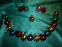 ~ 19 kleine alte Christbaumkugeln Glas 3 cm bunt rot gold grün Weihnachtskugeln