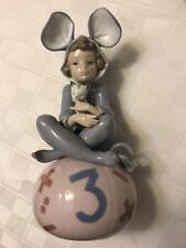 """New listing Lladro """"Loving Mouse� Figurine Girl With Kitten #5883"""