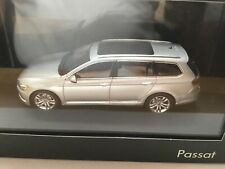 VOLKSWAGEN VW Passat Variant B8 1:43 Herpa 3G9.099.300.A.A7W silber