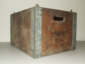 Antique 1934 Somerset Farms Dairy Advertising Wooden Milk Bottle Carrier Crate