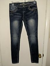 Almost Famous Skinny Stretch Jeans Size 5 Embellished Pockets Dark Wash