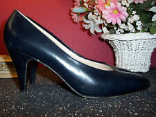 BRUNO MAGLI black leather low heel pump Italy 9AAA excellent condition