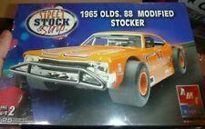 AMT SSS 38533 1965 OLDS OLDSMOBILE 88 Model Car Mountain MODIFIED STOCKER KIT FS