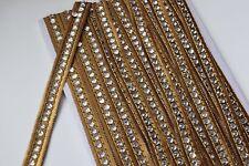 Adorno de oro atractiva indio ajustado de encaje bordado con cuentas claras-Vendida Por Mtr