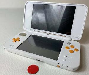 New Nintendo 2DS XL Handheld Konsole DS Weiß Orange gebraucht Akzeptabel
