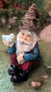 "2.5"" Nature Gnome Holding Bird MI 54100 Miniature Fairy Garden"
