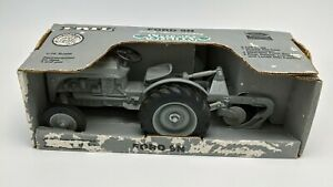 ERTL 1/16 SCALE 50TH ANNIVERSARY FORD 9N TRACTOR In Box