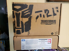 Transformers Generations Selects WFC-E33 Deluxe Centurion Drone Weaponizer