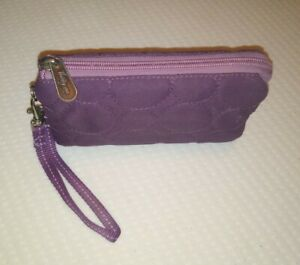 Vary You Wristlet Thirty One 31 Plum Quilted Dot Zippered Wallet Purse w Strap
