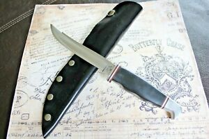 1970's Case XX USA # 300 Apache Stainless Black Fixed Blade Leather Sheath Knife