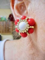 Authentic Vintage Gold Tone 1950's Red & White Bead Clip Earrings