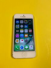 Apple iPhone 5 - 32GB - White & Silver (Unlocked) A1428 (GSM)