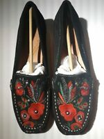 BareTraps Women's Suede Floral Embroidered Casual Otella Loafers Shoes Size 7M