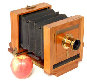 Beautiful Scovill 4 x 5 Waterbury View Camera – Good Condition