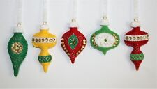 Christmas Ornament Felt Embroidery Kit Vintage Style, Old Times Bright  Makes 5