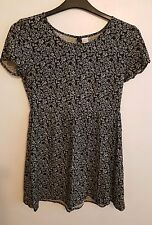 DIVIDED (H&M) - Ladies Womens Girls Stunning Black & White Patterned Top Size 10