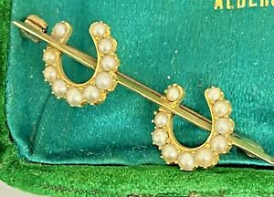 ANTIQUE EQUESTRIAN DOUBLE HORSESHOE GOLD & PEARL BROOCH PIN