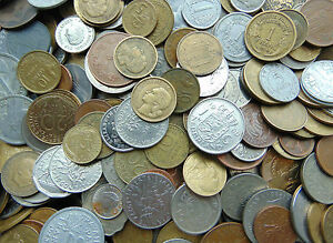 25 X MIXED WORLD COINS FROM AROUND THE WORLD AND EUROPE
